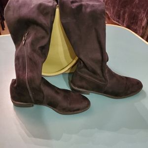Black Vera Wang Suede Boots